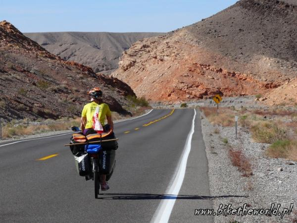 25-Downhill to Death Valley